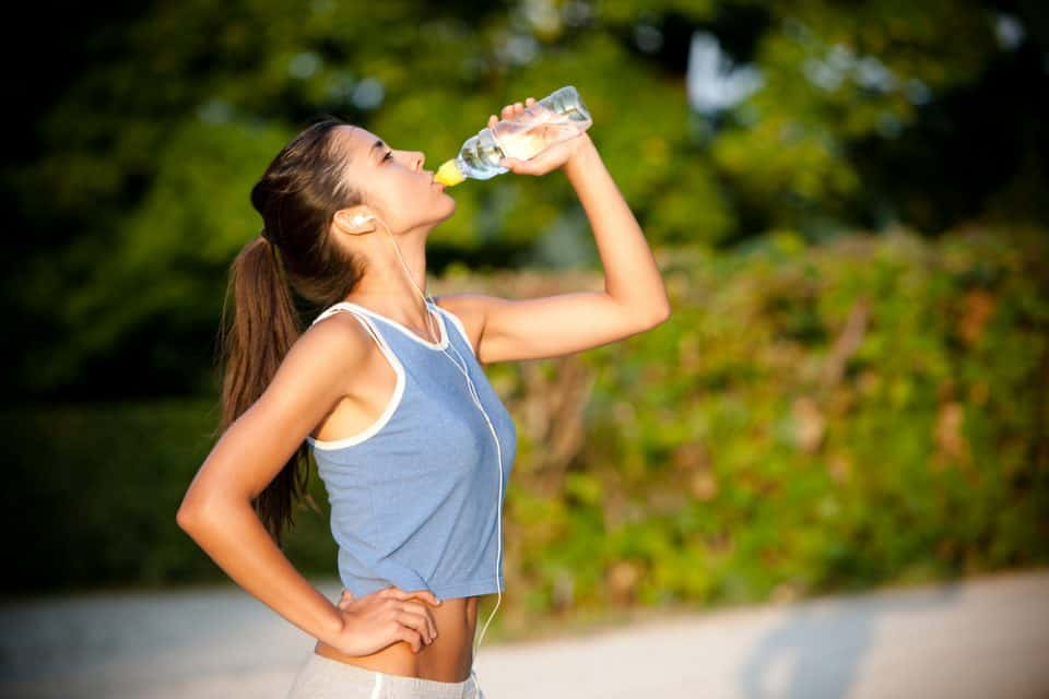 5 Super Simple Ways to Drink More Water